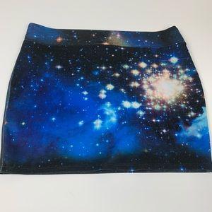 Women's Galaxy Skirt by Hot Topic XL